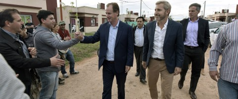 Bordet y Frigerio inauguraron viviendas en Concepción del Uruguay